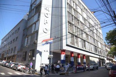 El MOPC gastará USD 20 millones en seguros vip para sus funcionarios