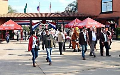 Gran concurrencia de público registró la Expo de Mariano Roque Alonso