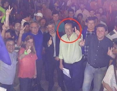 """HOY / Intendente de Desirée hace 'vito' con dinero público: """"Seguiré violando la Constitución"""""""