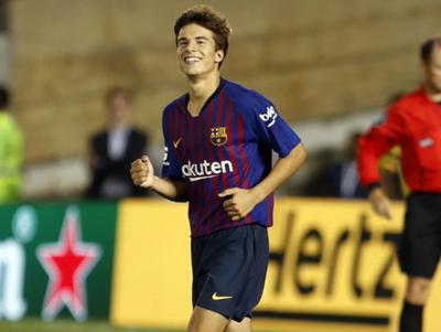 Barcelona derrota a Tottemham en su debut