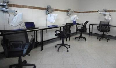 CLÍNICAS INAUGURA EL PRIMER LABORATORIO DE MICROCIRUGÍA DEL PAÍS