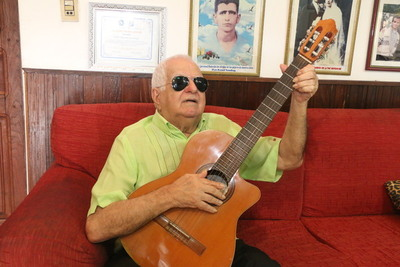 """Don Quemil: """"A más que che tuja, che porã """""""