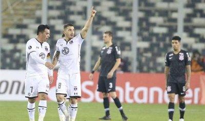 Colo Colo toma ventaja  en la ida ante Corinthians