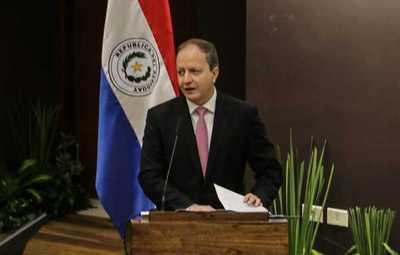 Paraguay contuvo déficits fiscales y mejoró calidad del gasto durante estos cinco años
