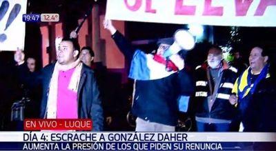 Manifestantes se dividen para ir contra OGD y Horacio Cartes