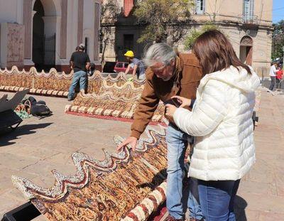 Retablo de Chiquitunga se exhibirá frente a la Catedral