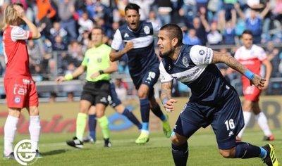 Debut goleador del Lobo Ayala en Gimnasia