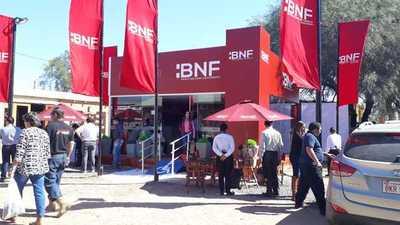 BNF presenta lleva sus servicios a productores del Chaco paraguayo