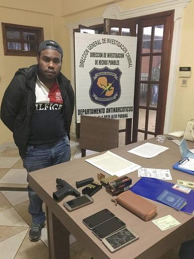 Capturan a presunto narco brasileño e incautan armas en operativo fiscal-policial