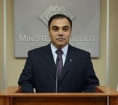Imputan y piden detención de ex Fiscal General del Estado y su esposa