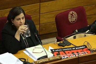 """Esperanza Martínez ve con """"pocas expectativas"""" el gobierno de Marito"""