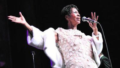 La cantante Aretha Franklin está gravemente enferma