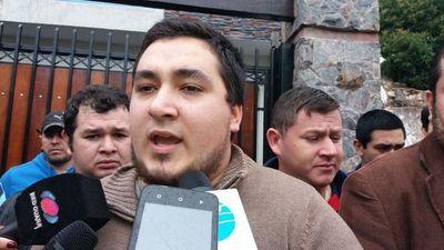 """Stiben Patron denunciado por supuesta incitación a """"quemar todo lo que haga falta"""""""