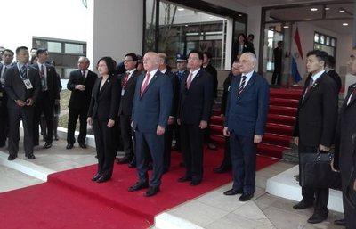 Presidenta taiwanesa arribó al país para asistir a la investidura de Mario Abdo Benítez