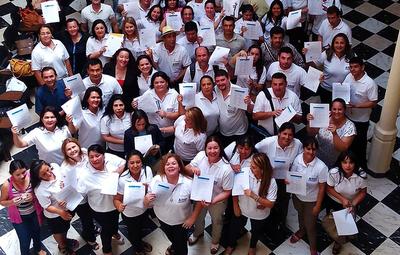 En setiembre se conocerá a beneficiados de BECAL para Chile