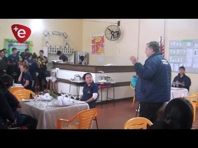 ENTREGAN APORTES PARA ALUMNOS DE LA ESCUELA TALLER