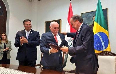Paraguay y Brasil acuerdan construcción de puente sobre el Río Apa