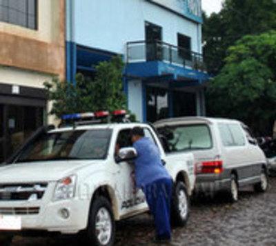Detienen a policías en comisaría por supuesta coima