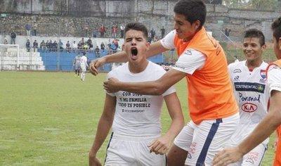 Gustavo Peralta, rompiendo barreras