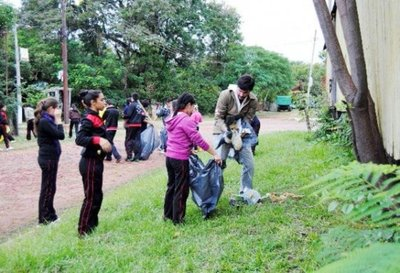 Misiones: Coordinador recuerda diez minutos de limpieza en instituciones educativas