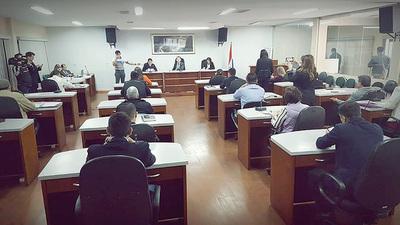 Concejales departamentales aprueban pedido de auditoría de la gestión de Lucho y Schuster