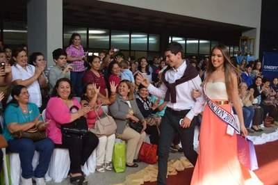 Miss Asunción Canela Auadre, 18 añitos, favorita en el certamen Miss Paraguay 2016.