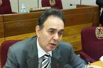 Senador Juan Dario Monges cumpliendo el roll de Nepotista