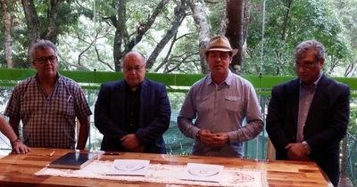 CEFRAN y UNE firman convenio de cooperación
