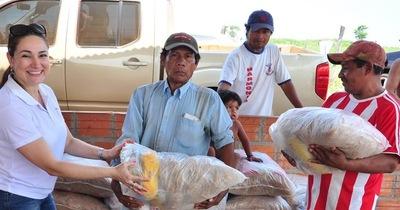 Comunidades indígenas reciben apoyo del gobierno departamental