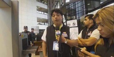 LLegaron 6 paraguayos desde España para protestar por juramento de ex presidentes