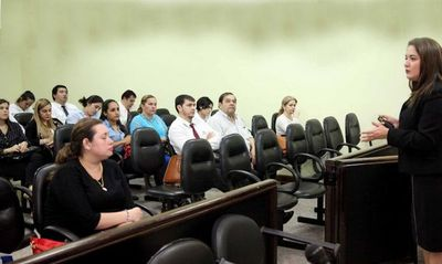 Debatieron sobre la ejecución penal en adultos y adolescentes