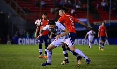 Un decepcionante Nacional cae goleado ante Independiente