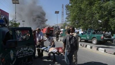 Unos 80 muertos y 350 heridos por un camión bomba en Kabul