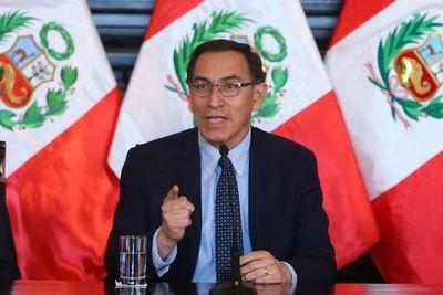 Aprobación de presidente peruano sube 11 puntos a 46% en agosto, según sondeo