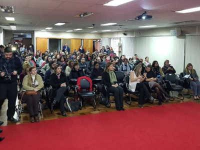 Ministerio Público organizó curso sobre violencia familiar