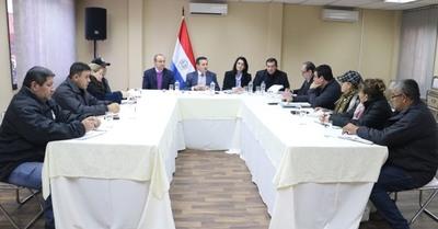Ministro y gremio docente analizaron mejoras necesarias en el sistema educativo