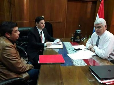 Piti se reunió con el Ministro de Obras Pública