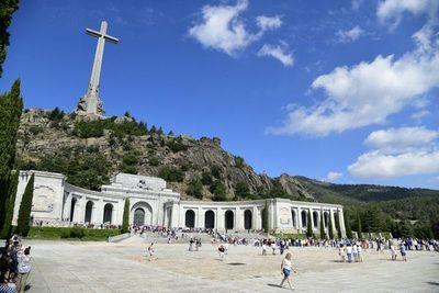 El Gobierno de España inicia el procedimiento legal para exhumar a Franco