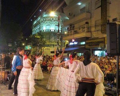 """Llega la novena edición de """"El folklore sale a las calles"""""""