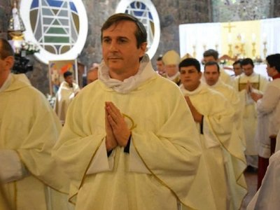 Diócesis aclara situación de sacerdote acusado de pedofilia en EEUU