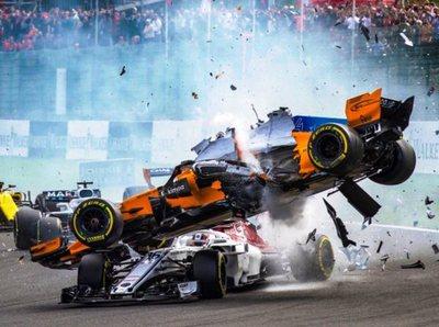 El impresionante choque en el GP de Bélgica