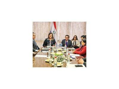 Crearán comisión para reforma educativa