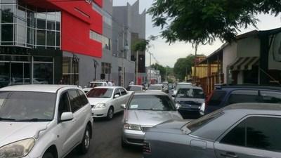 Concejal en contra de estacionamiento tarifado
