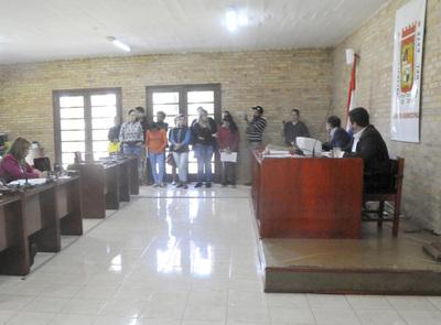 Un grupo de personas pide a la Junta de CDE intervención a la Municipalidad