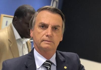 Apuñalan a candidato a presidente de Brasil