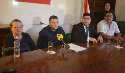 Familiares denuncian negligencia, pero la Policía desmiente versión