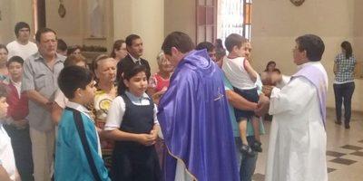 A las 19:00 horas será la ultima misa de hoy por ceniza