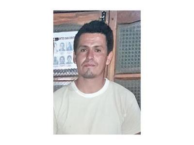 Detenido por crimen de policía y familia