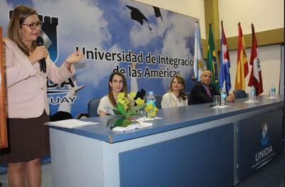 """Unida promueve el debate y el análisis en el """"Primer Congreso Internacional de Investigación"""""""