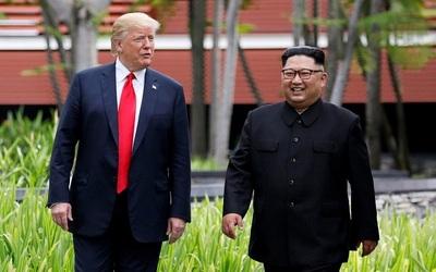 Kim Jong-un pidió a Trump una segunda cumbre cara a cara